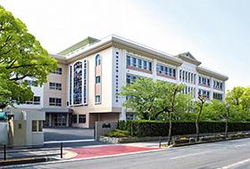 2013年 純心中高新校舎